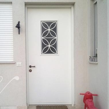 דלת כניסה V-1004